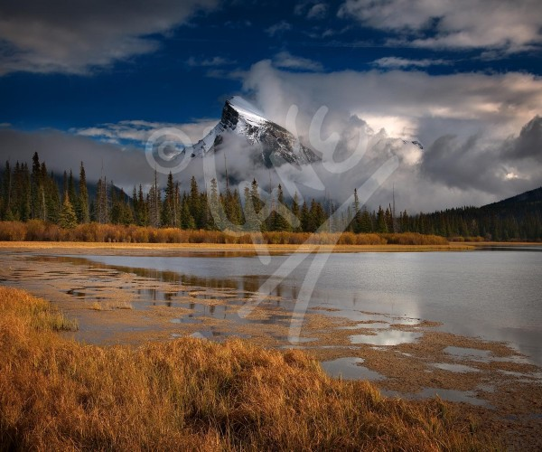 ALBERTA Banff, Mount Rundle
