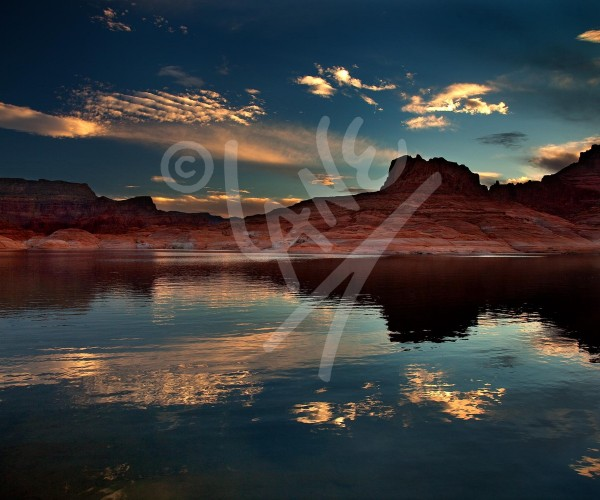 UTAH Sunrise over Lake Powell